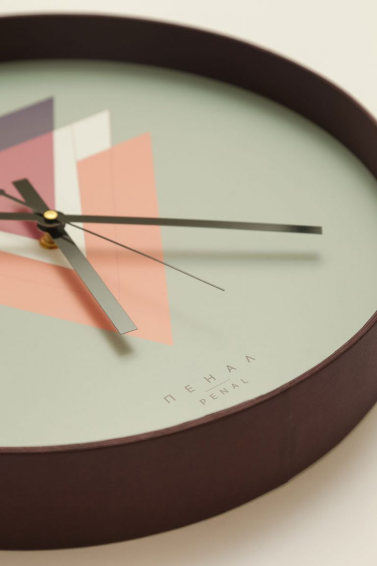 victory wall clock close side large
